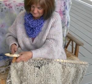 32 inch mega knitting needles